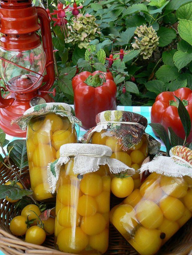 Pomidorki żółte w zalewie