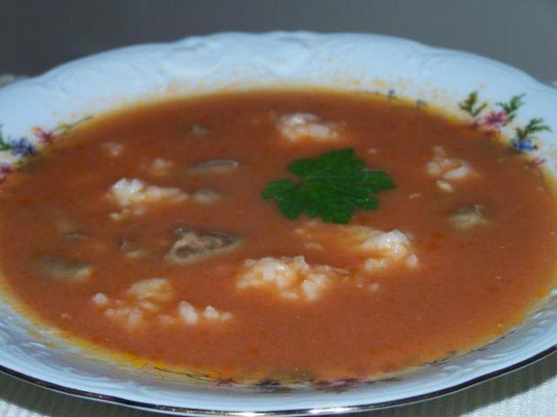Pomidorowa na serduszkach