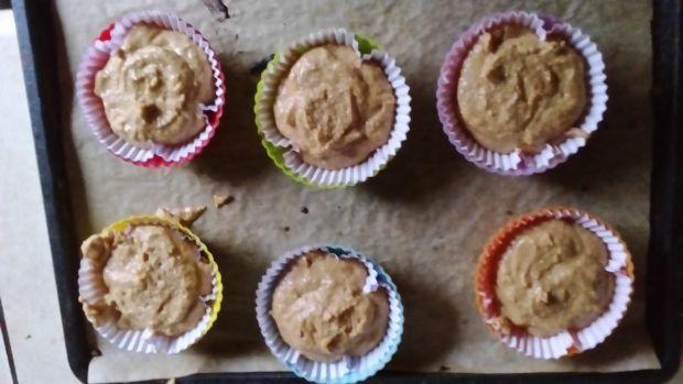 Pomidorowe muffinki z kremem serkowym na słodko
