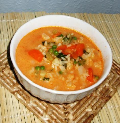 Pomidorówka z kalafiorem i ryzem