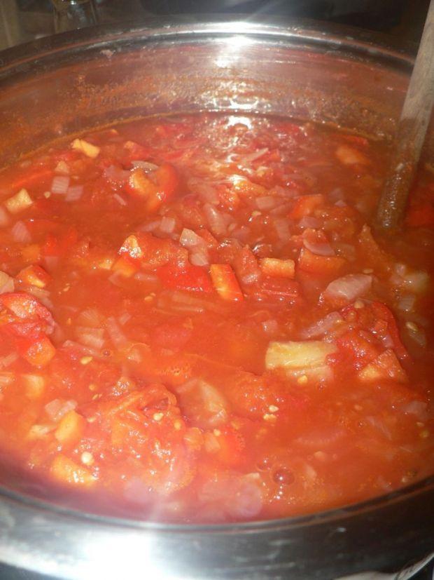 Pomidorowy sos słodko-kwaśny