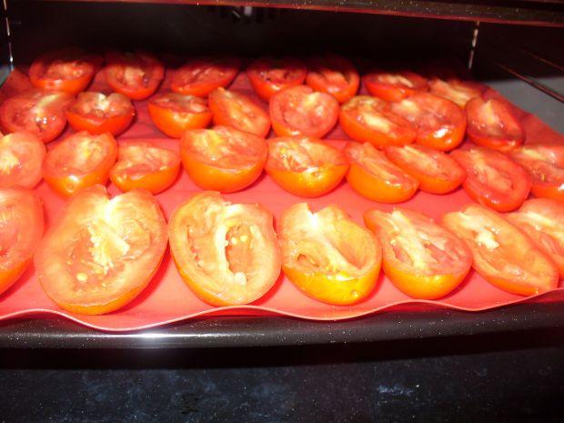 POmidory podłużne suszone