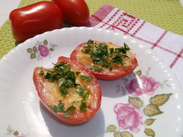 Pomidory smażone z serem żółtym