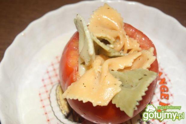 Pomidory zapiekane z kolorowym Farfale