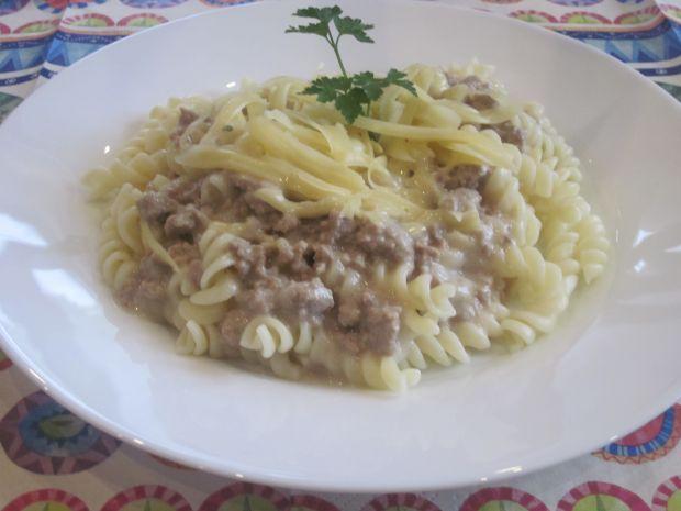 Potrawka mięsna w sosie musztardowym