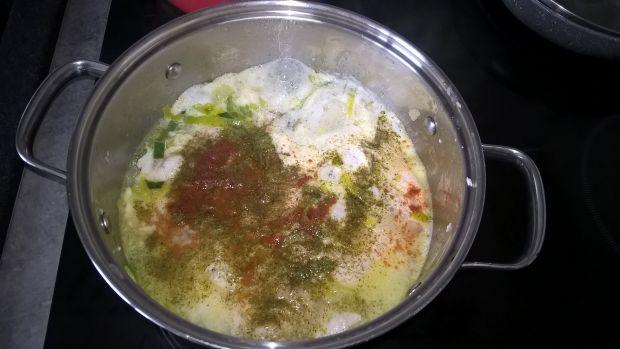 Potrawka z dorsza w sosie koperkowym