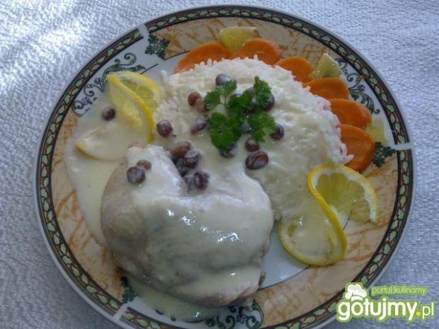 Potrawka z kurczaka z cytrynowym sosem