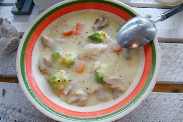 Potrawka z kurczaka z kalafiorem romanesco