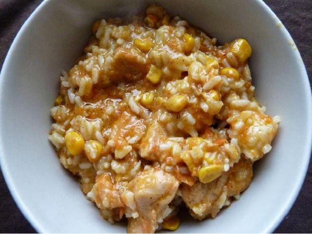 Potrawka z kurczaka z marchewką i kukurydzą