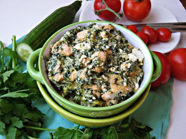 Potrawka z kurczaka ze szpinakiem i brokułem