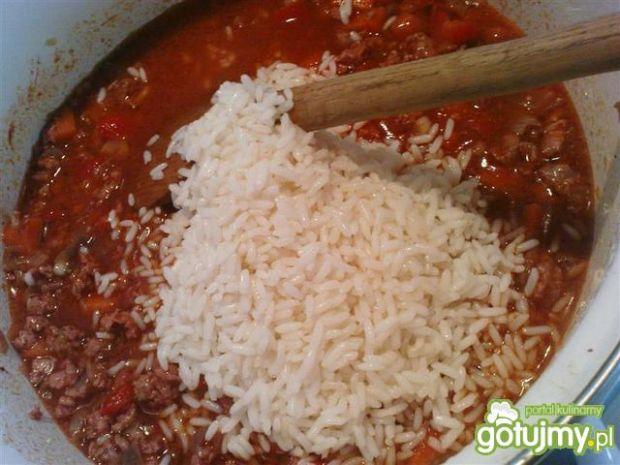 Potrawka z mięsem i ryżem