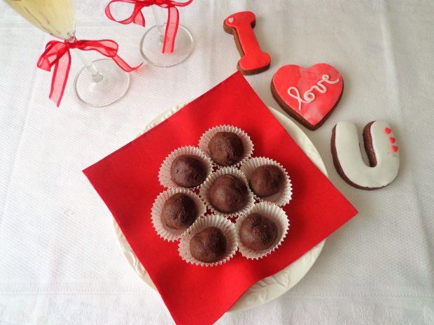 Praliny z gorzkiej czekolady, rumu i mascarpone