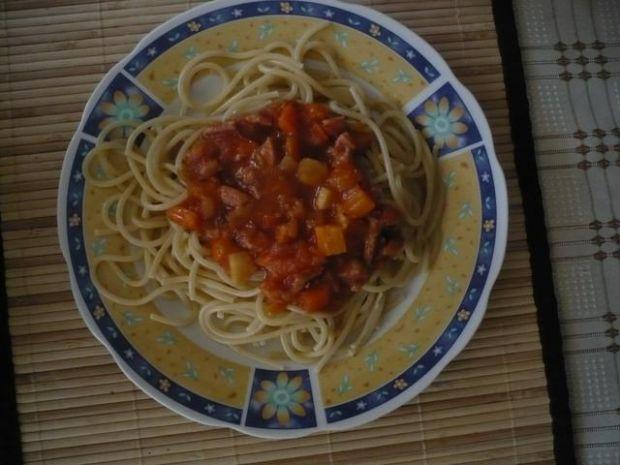 Prawie wegetariańska wersja spaghetti