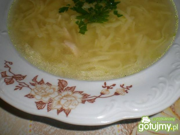Prosta zupa z makaronem i ziemniakami