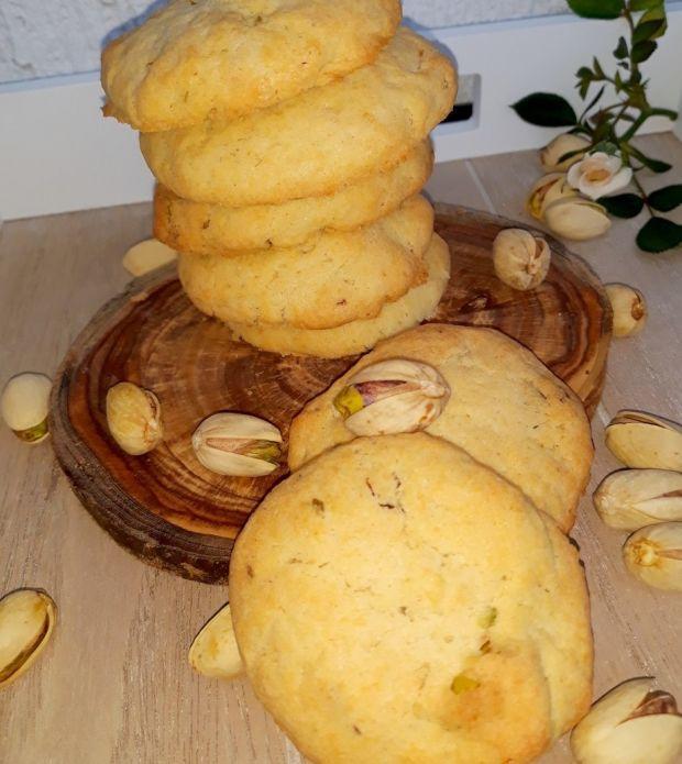 Proste ciasteczka z pistacjami