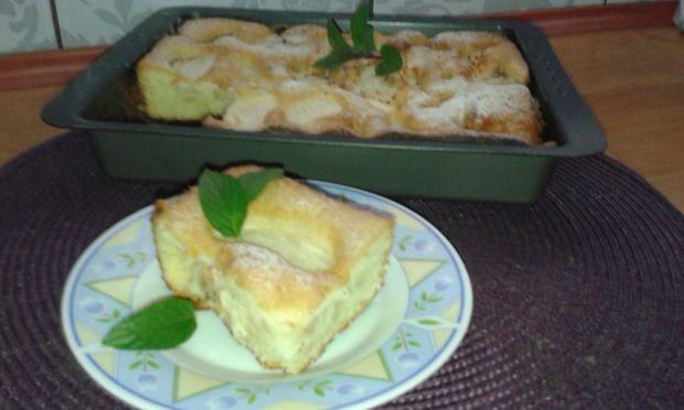 Proste, szybkie ciasto z jabłkami