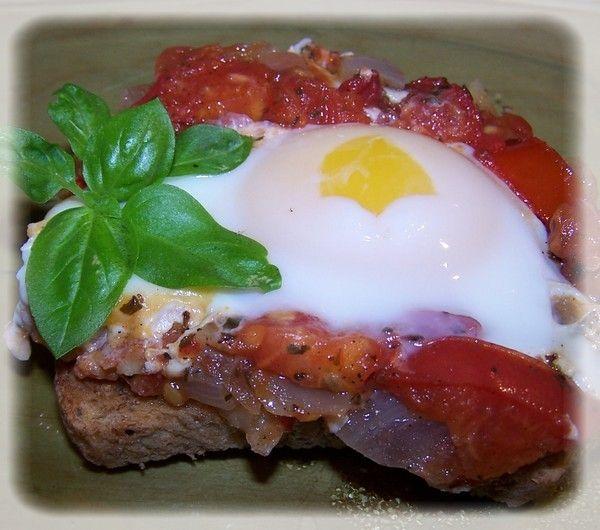 Przekąska pomidorowa z jajem