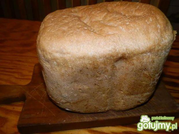 Pszenno-żytni chleb na zakwasi z maszyny