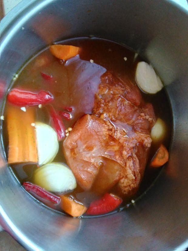 Pulled pork w stylu hawajskim