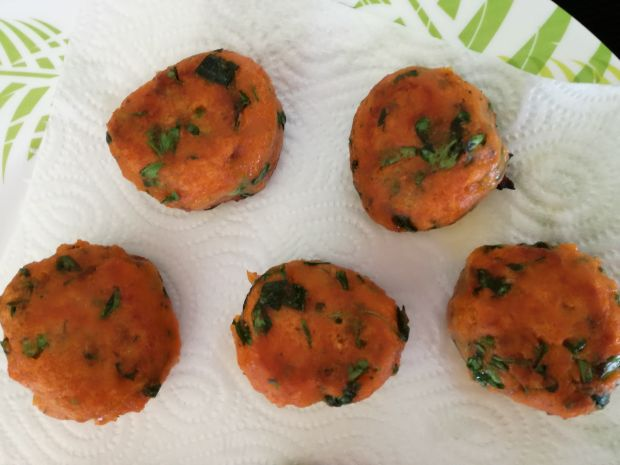 Pulpeciki marchewkowo-ziołowe