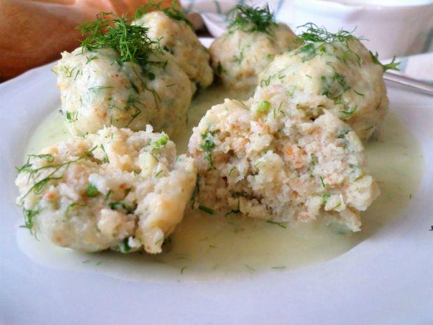 Pulpeciki rybne w sosie koperkowym