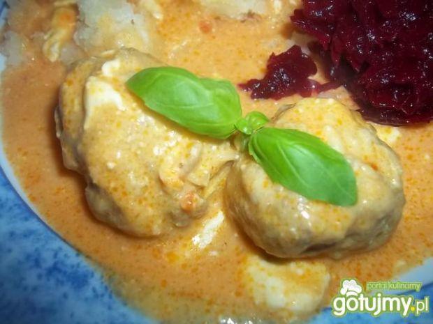 Pulpeciki w sosie pomidorowo-serowym