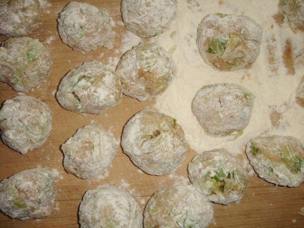 Pulpeciki z młodą kapustą w sosie musztardowym