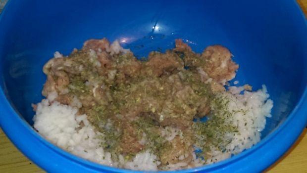 Pulpety mięsno - ryżowe z pary