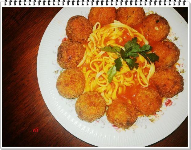 Pulpety rybno warzywne Eli w sosie pomidorowym