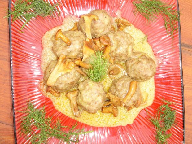 Pulpety wołowe w sosie kurkowym
