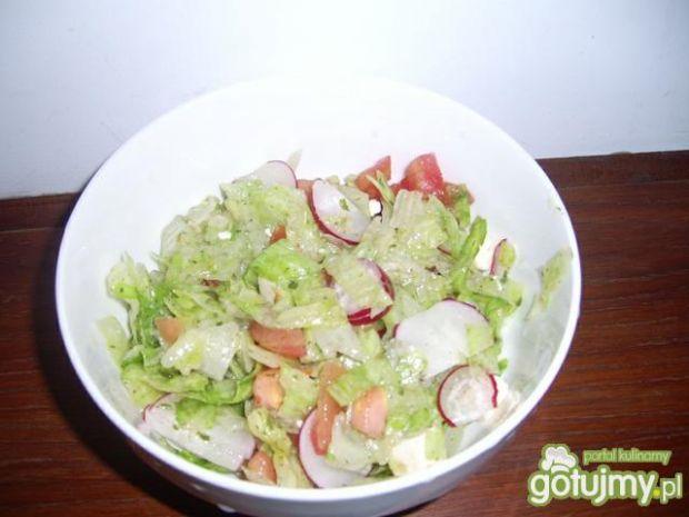 Pyszna sałatka do obiadu