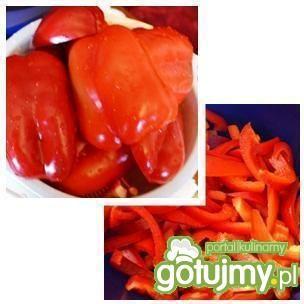 Pyszna sałatka z papryki i cebuli