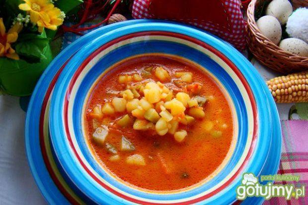 Pyszna zdrowa pomidorowa z ogórkiem