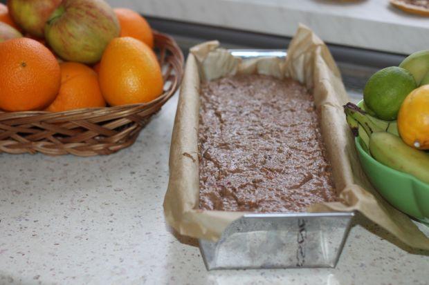 Pyszne korzenne ciasto z jabłkami marchewką .