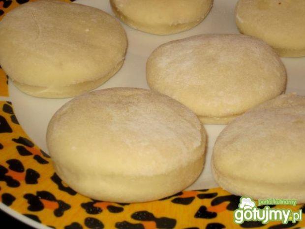 Pyszne pączki z dodatkiem ziemniaków