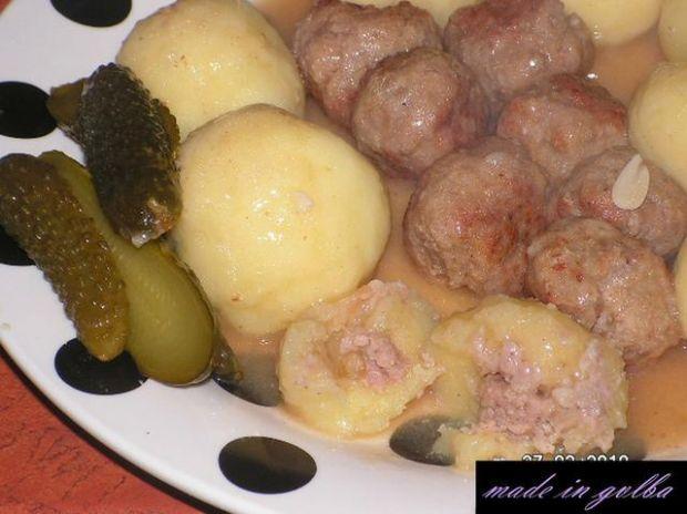 Pyzy z mięsem i klopsikami