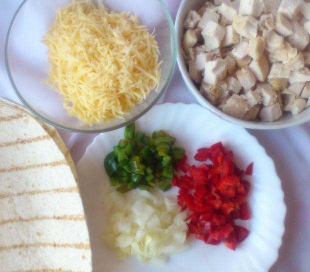 Quesadilla z kurczakiem i papryką wg Di