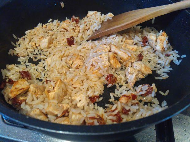 Quesadilla z ryżem i kurczakiem