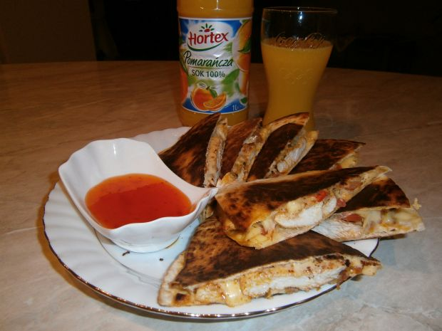 QUESADILLAS - kanapka meksykanska