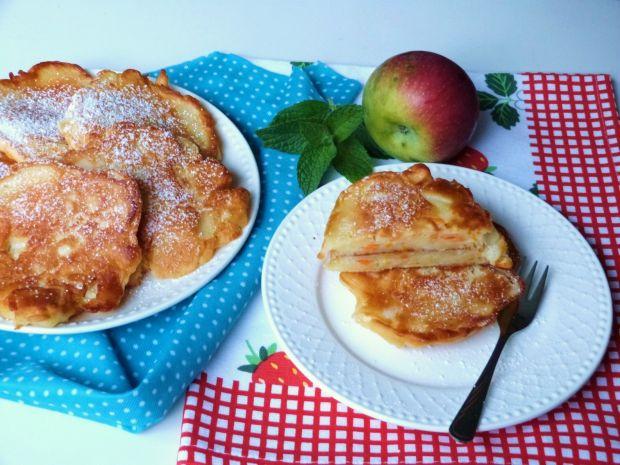 Racuchy z jabłkami i marchewką