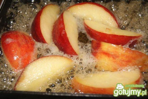 Racuchy z jabłkami w  miodowym karmelu