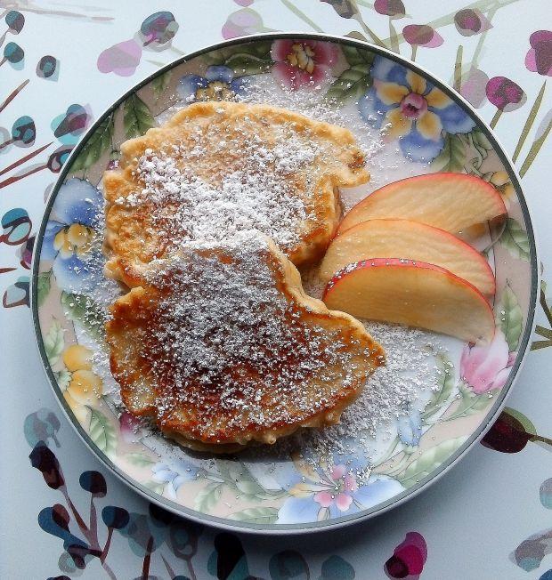 Racuszki z jabłkami na maślance