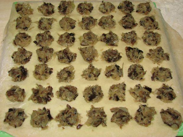 Ravioli z kapusta i grzybami