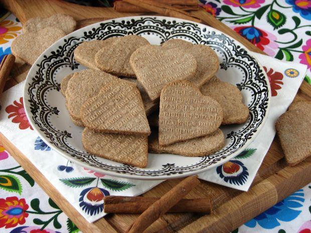 Razowe ciasteczka z cynamonem