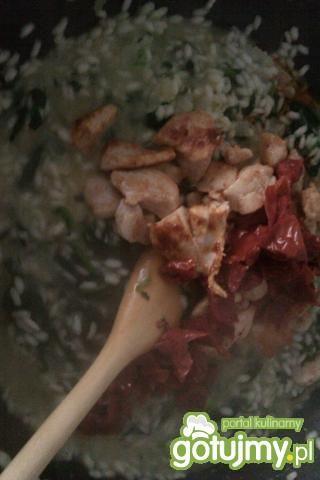 Risotto ze szpinakiem i kurczakiem