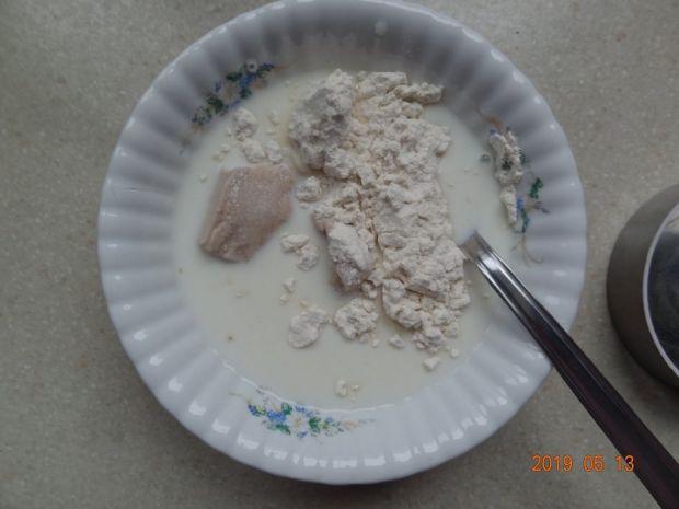 Rogaliki drożdżowe z mleczną czekoladą