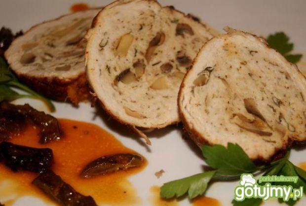 Rolada z indyka z grzybami