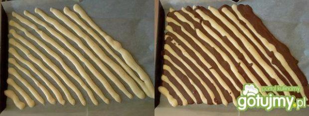 Rolada zebra z czekoladową pianką