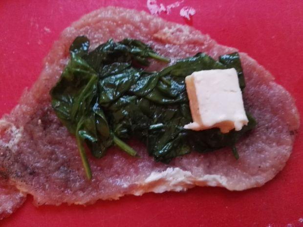 Roladki schabowe ze szpinakiem i gorgonzolą