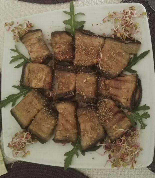 Roladki z bakłażana z szynką i serem feta